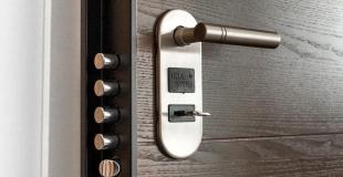Comment choisir une porte blindée au meilleur rapport qualité / prix ? Conseils et tarifs