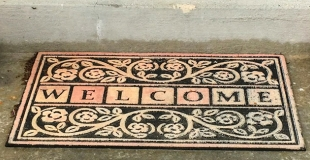 Pratique et décoratif : comment choisir un tapis d'extérieur ?